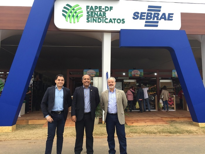Da esquerda para a direita: o coordenador técnico do Instituto CNA, Carlos Frederico; o assessor técnico da CNA, Eduardo Brandão e o coordenador de TI do Instituto CNA, Ronei Correa