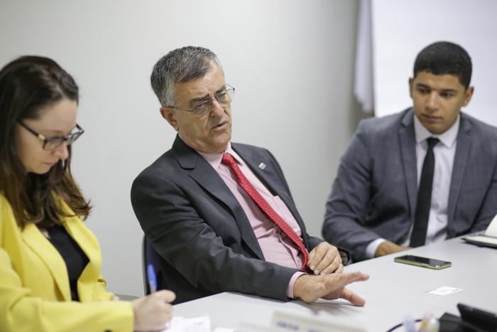 CNA e Caixa Econômica debatem renegociação de dívidas