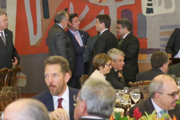 João Martins e o embaixador argentino no Brasil, Carlos Magariños