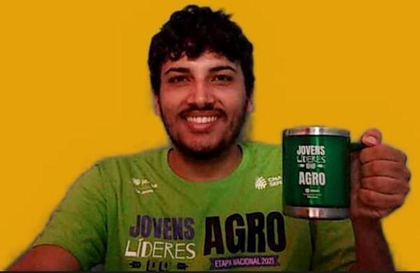 Jildson Souza faz parte do grupo EducaAgro com foco educacional
