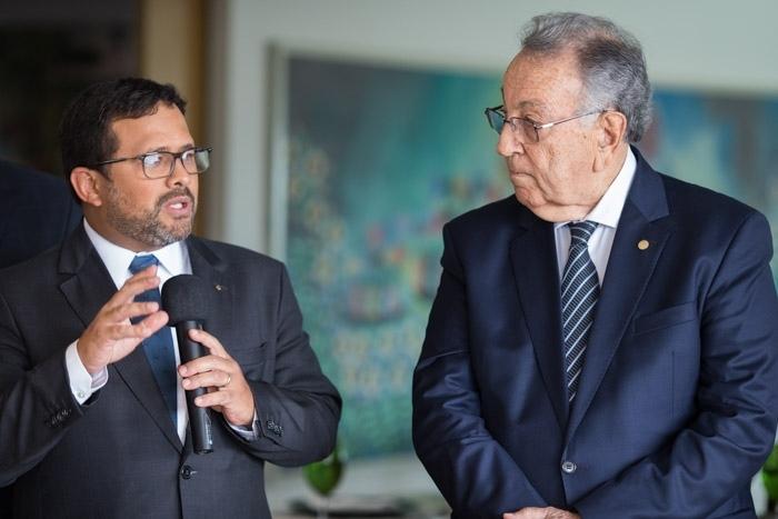 João Rabelo, do BB, com o presidente da CNA, João Martins.