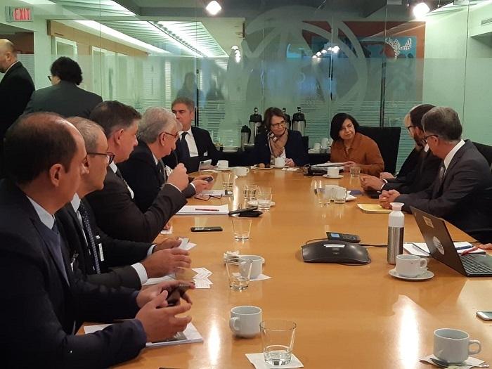 Delegação em visita ao Observatório da Agricultura no Banco Mundial.
