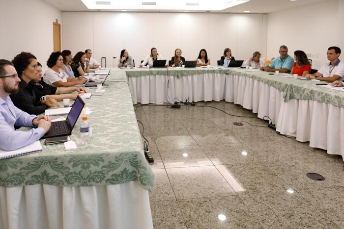CNA debate tecnologia na avicultura | CNA Brasil  Agro Forte, Brasil