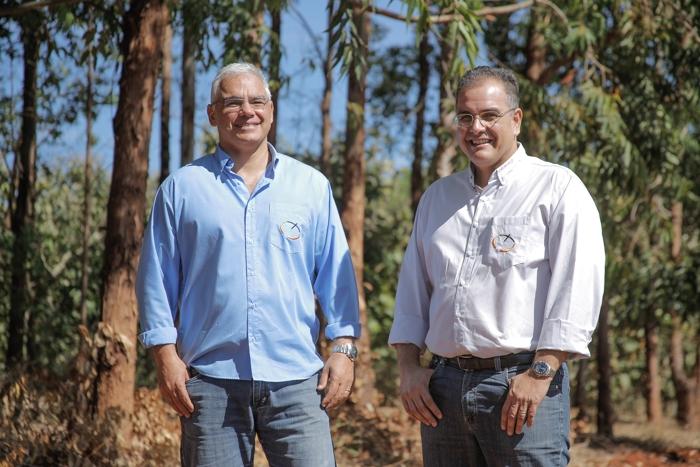 Os proprietários da Fazenda Entre Rios, José Brilhante Neto e Adriano Varela Galvão
